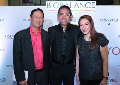L-R: Makati Medical Center Head of Professional Services Dr. Dante Dator,  Dr. Ted Achacoco and Makati Medical Center Head for Marketing & Sales, Ms. Arlyn Songco